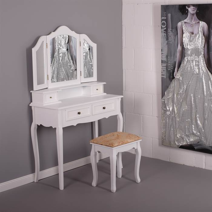 sch ne schminktische f r beauty queens create your life. Black Bedroom Furniture Sets. Home Design Ideas