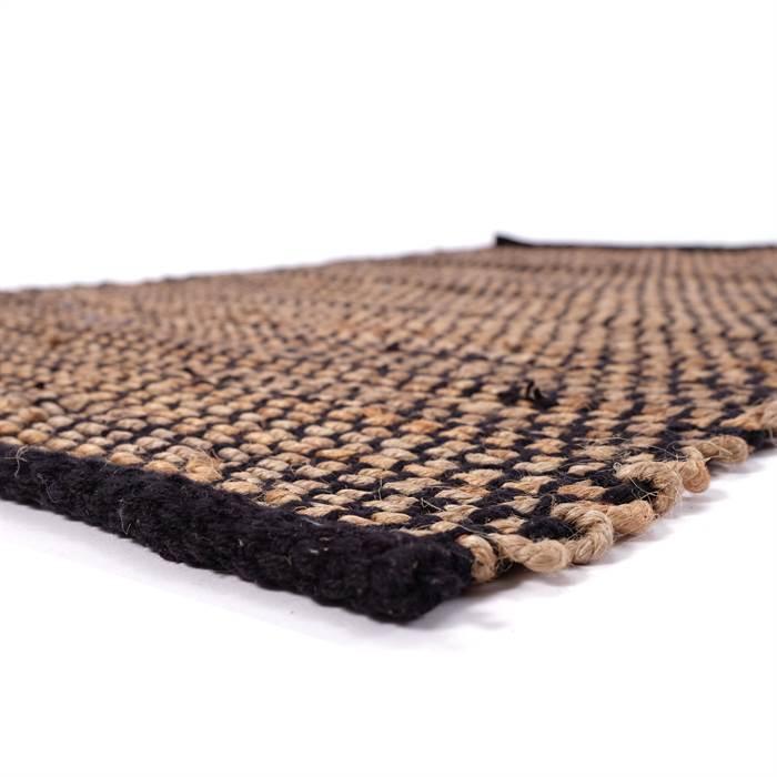 Den schönen Strukturteppich gibt es in zwei praktischen Größen.